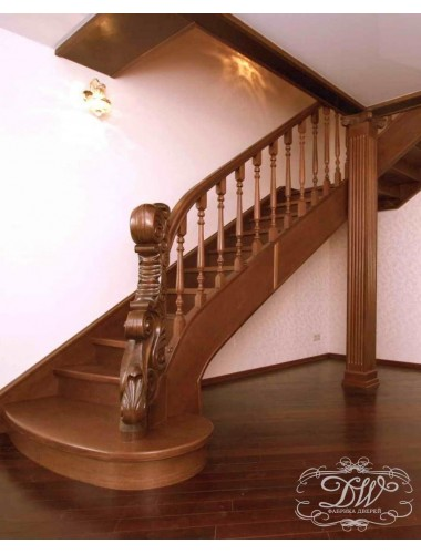 Лестница из массива дерева 9