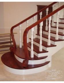 Лестница из массива дерева 4